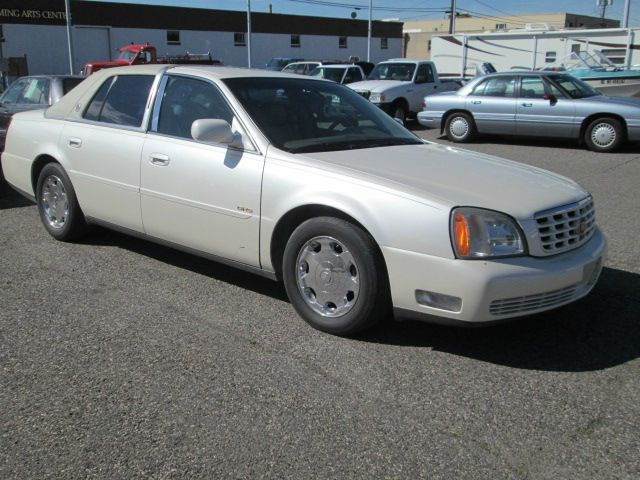 2002 Cadillac Deville T6 AWD 7-passenger Leather Moonroof