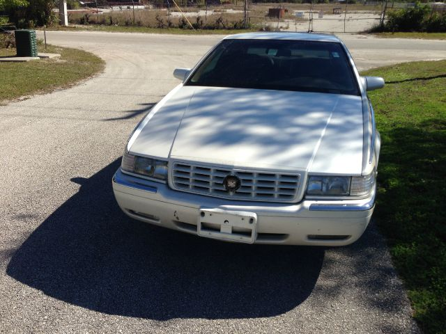 1995 Cadillac Eldorado 5DR 7-pass VAN I4 FWD