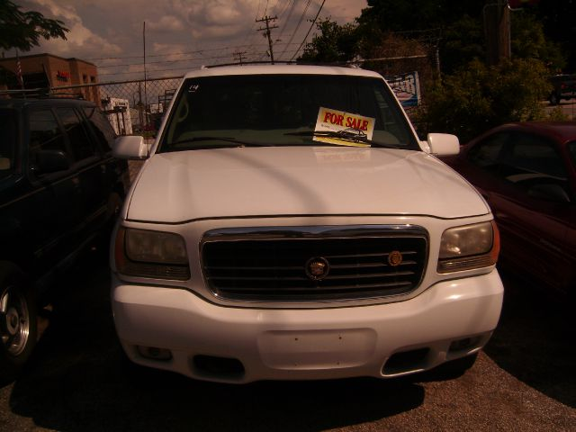2000 Cadillac Escalade Ram 3500 Diesel 2-WD