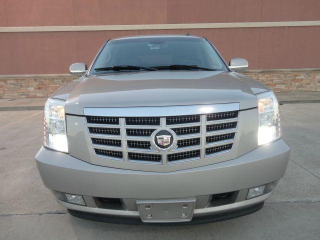 2007 Cadillac Escalade EX - DUAL Power Doors