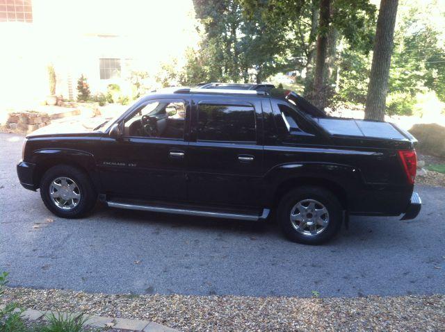 2004 Cadillac Escalade EXT