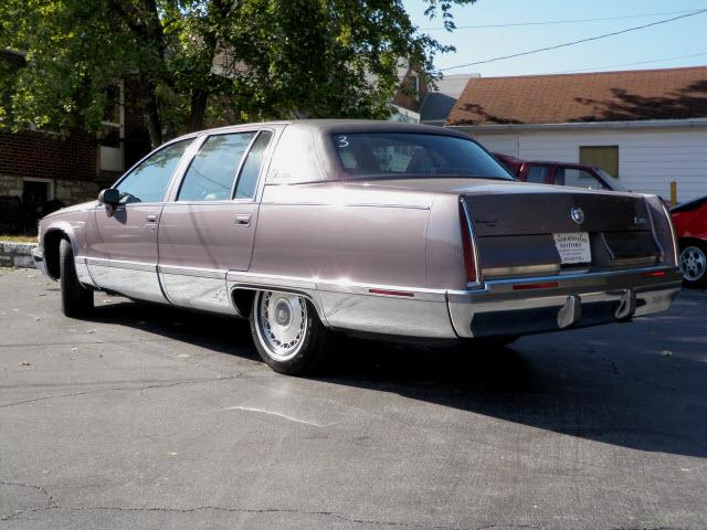 1993 cadillac fleetwood brougham specifications submited images. Cars Review. Best American Auto & Cars Review