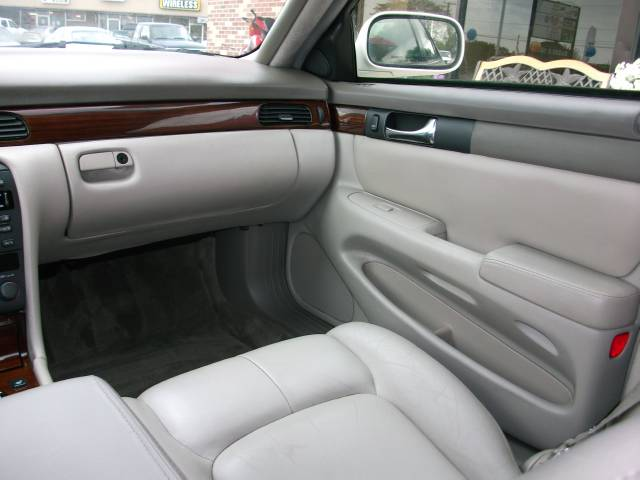 2001 Cadillac SEVILLE Lariat, King Ranch