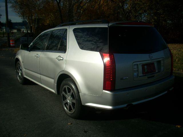2004 Cadillac SRX SE-R