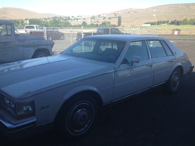 1984 Cadillac SEVILLE L.T. 4-w.d. 5.3L