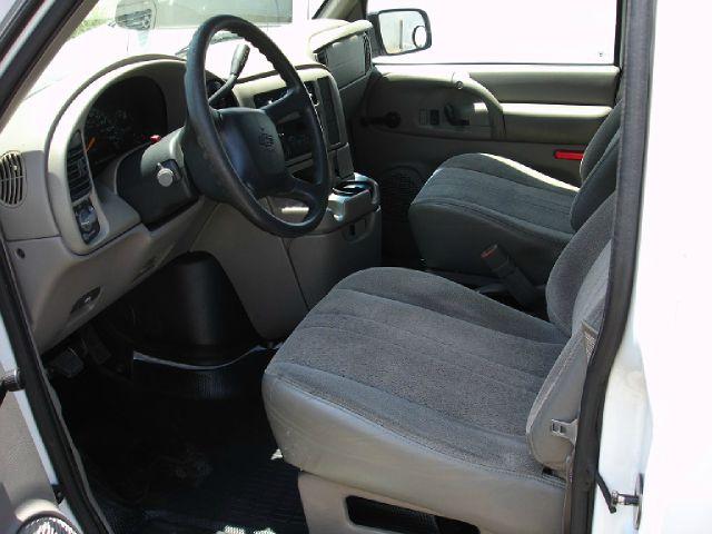 2000 Chevrolet Astro SL AWD CVT Leatherroof