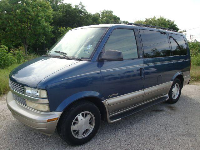 2001 Chevrolet Astro 4wd