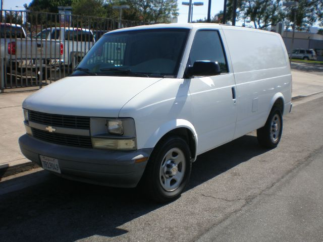 2005 Chevrolet Astro Cargo Lariat 4WD FX4
