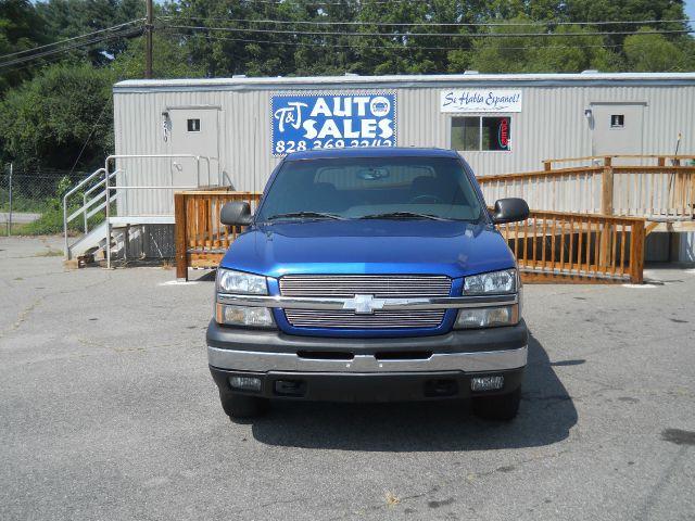 2003 Chevrolet Avalanche C350 4dr Sdn 3.5L Sport RWD Sedan