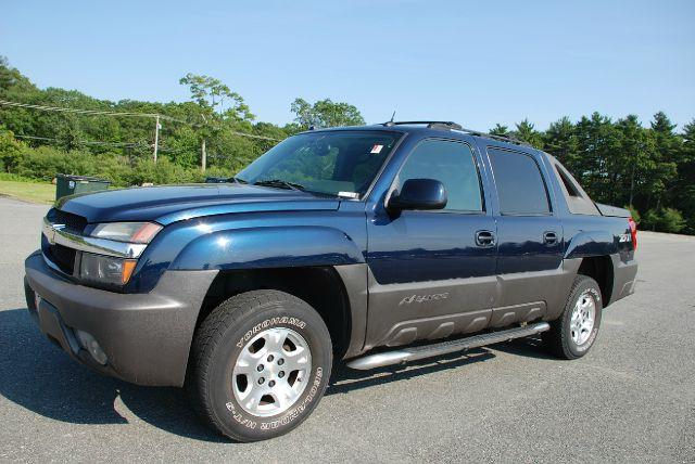 2004 Chevrolet Avalanche REG. CAB XL