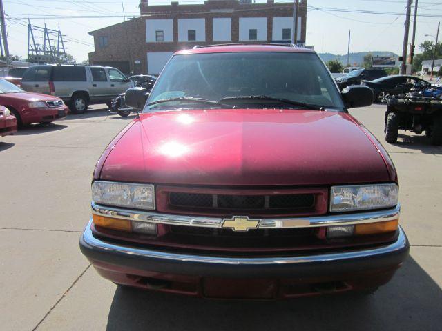 2000 Chevrolet Blazer Luxury 4WD W/ RES
