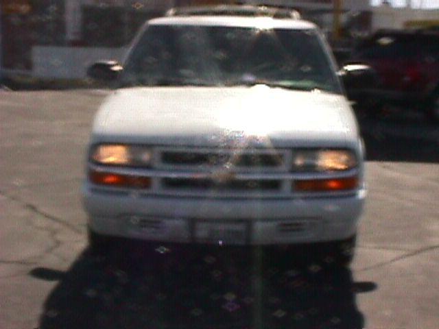 2000 Chevrolet Blazer 2WD QUAD CAB 140.5 ST
