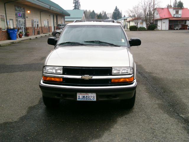 2001 Chevrolet Blazer Camry LE