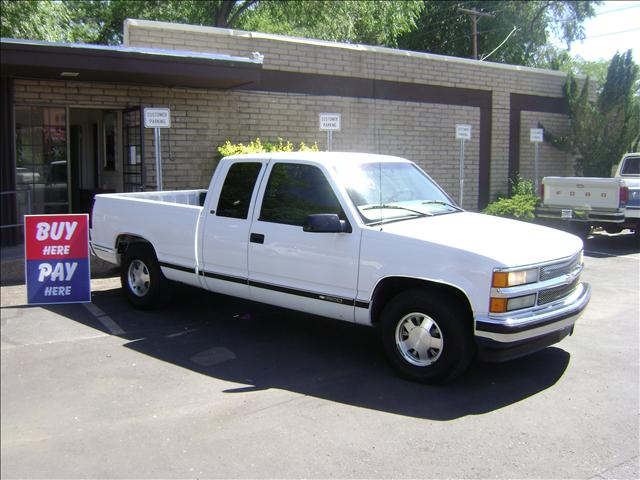 Chevrolet C1500 Base 1997 2GCEC19R6V1254652 Photos