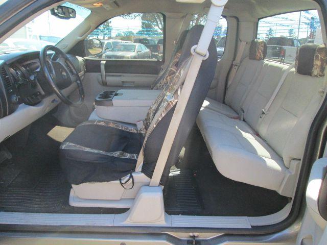 2007 Chevrolet C1500 4x4 Luxury V6