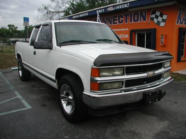 1996 Chevrolet C2500 4WD 4dr Sport