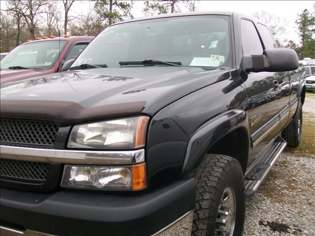 2004 Chevrolet C2500