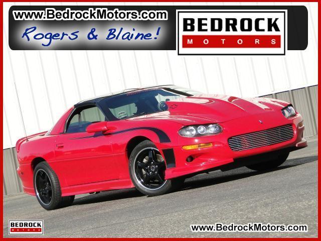 Bedrock Motors Rogers - 2002 Chevrolet Camaro