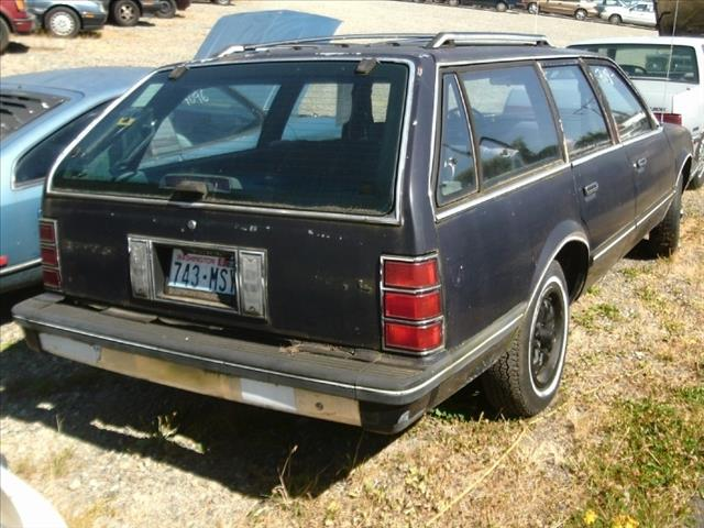 1986 Chevrolet Celebrity 3.2 Quattro S-line AWD Sedan