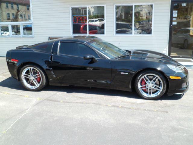 2006 Chevrolet Corvette R/T Sport Utility 4D