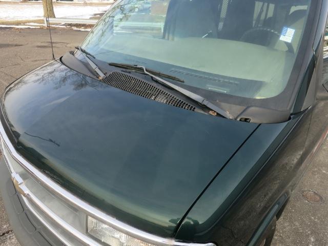 2001 Chevrolet Express 460 L
