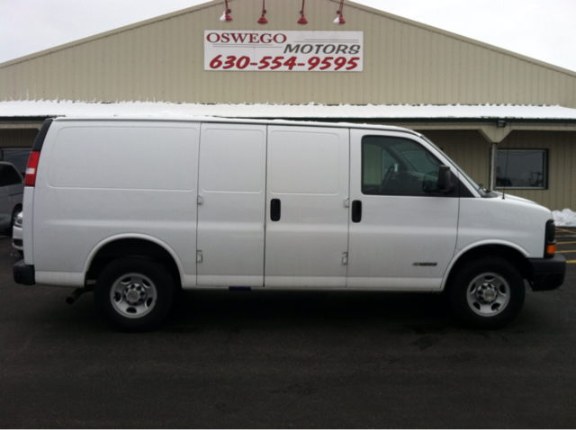 2005 Chevrolet Express Coupe 4d Details Oswego Il 60543
