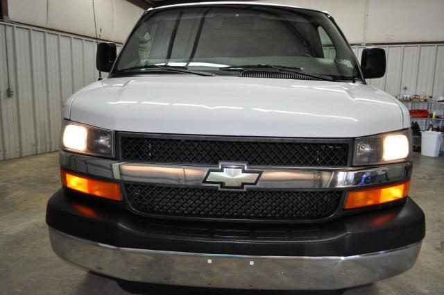 2007 Chevrolet Express LE w/CD MP3