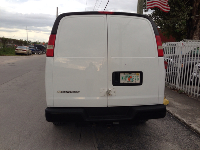 2007 Chevrolet Express Coupe 4D