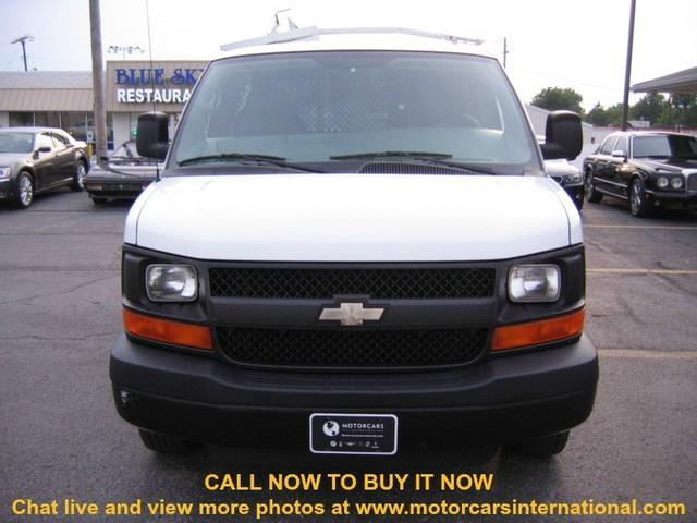 2009 Chevrolet Express 1500 Club Coupe Short Bed