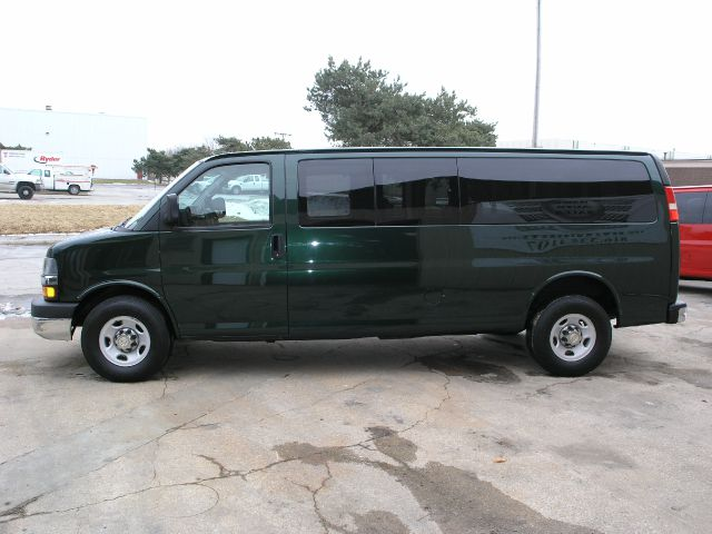 2010 Chevrolet Express 114.6 XLT W/rear Door Privacy Glass
