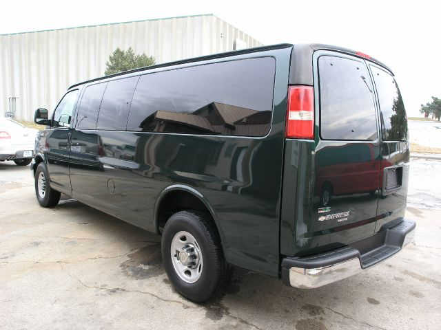 2010 Chevrolet Express 114.6 XLT W/rear Door Privacy Glass