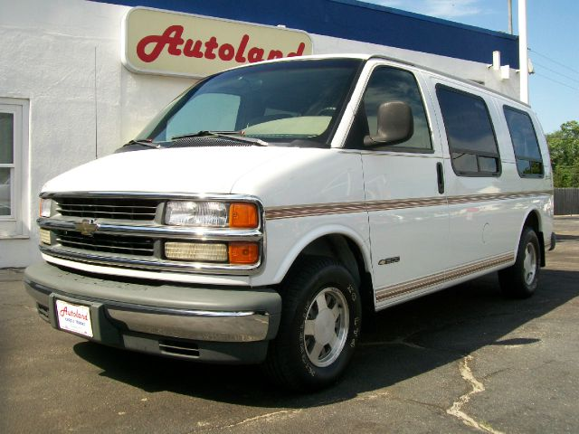 1998 Chevrolet G1500 2004.5 4dr Sdn 1.8T Quattro Au