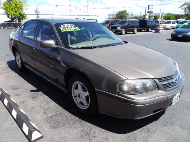 2002 Chevrolet Impala Blk Ext With Silver Trin