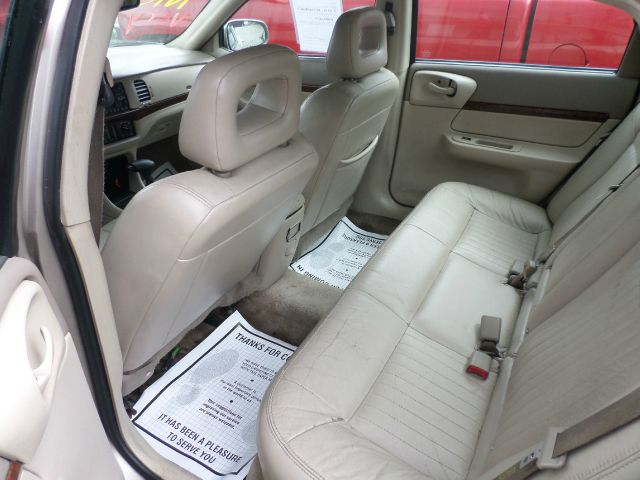 2003 Chevrolet Impala Blk Ext With Silver Trin