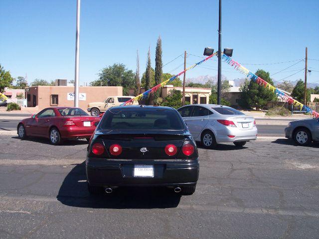 2004 Chevrolet Impala 4dr Sdn Auto (natl) Hatchback