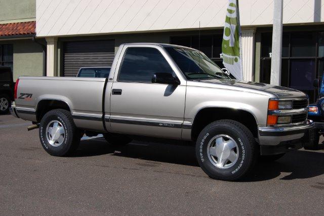 1998 Chevrolet K1500 LT Sedan 4D