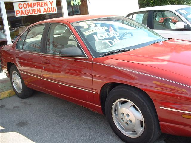 1995 Chevrolet Lumina Base