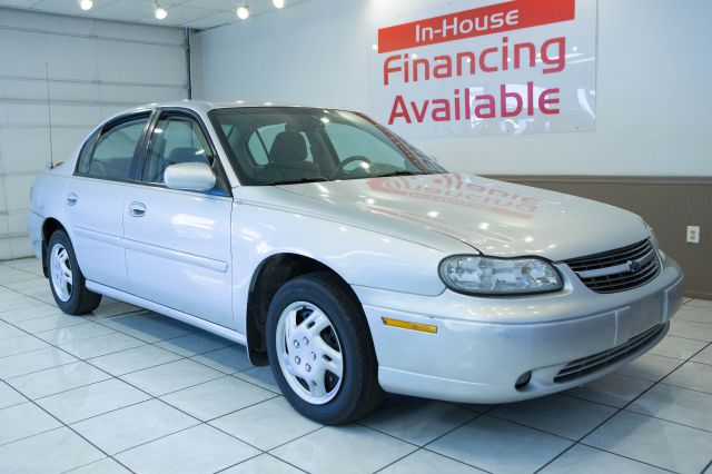 2002 Chevrolet Malibu Blk Ext With Silver Trin