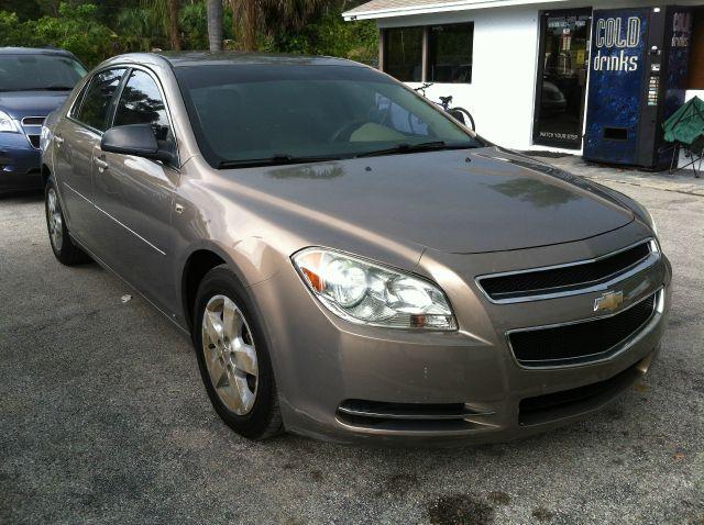 2008 Chevrolet Malibu Blk Ext With Silver Trin