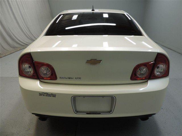 2011 Chevrolet Malibu XLT SC 4X4 SWB