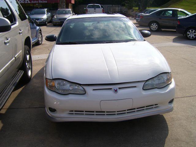 2003 Chevrolet Monte Carlo 4dr Sdn Auto (natl) Hatchback