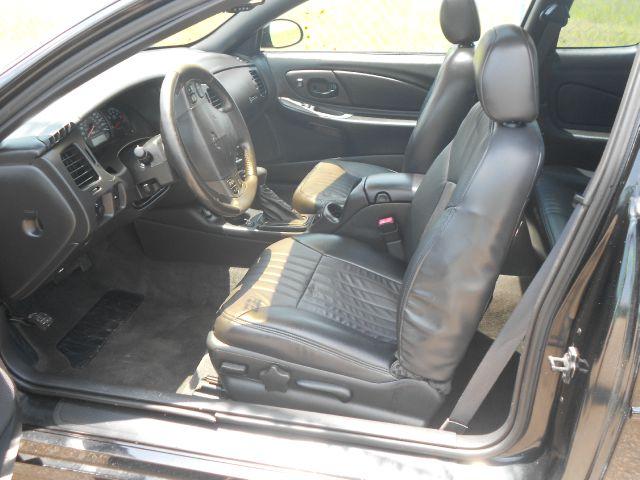 2004 Chevrolet Monte Carlo 4dr 112 Inch WB Eddie Bauer SUV