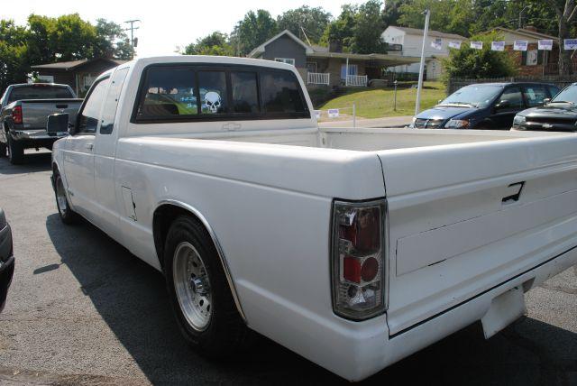 1993 Chevrolet S10 4dr Sdn 2.5L Turbo AWD