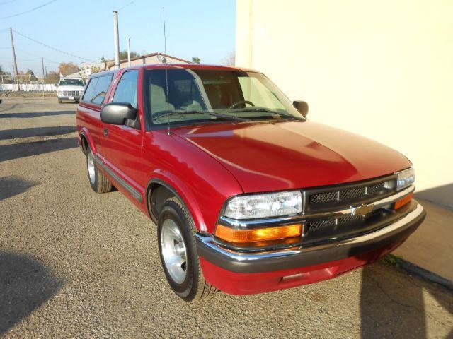2000 Chevrolet S10 4dr SR5 V8 Auto 4WD
