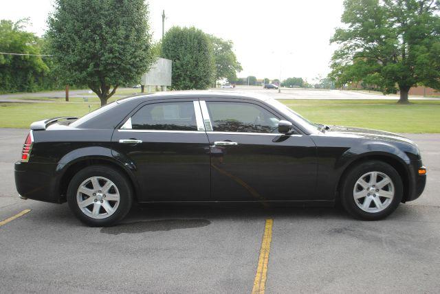2006 Chrysler 300 GL Manual W/siab