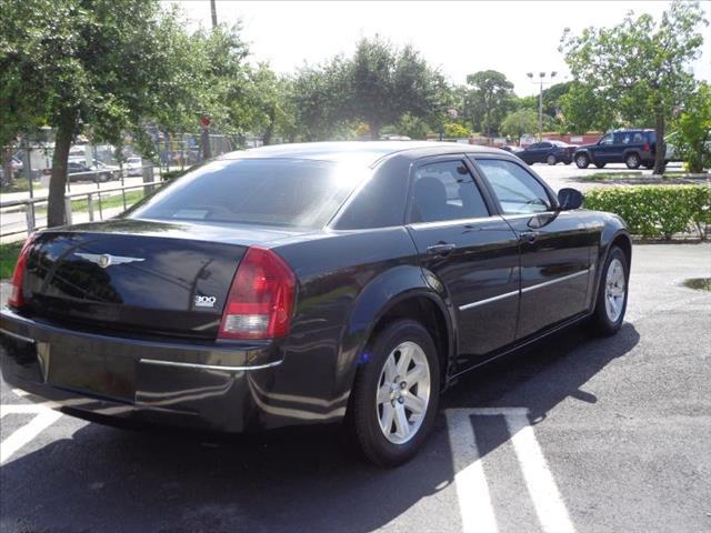 2007 Chrysler 300 626