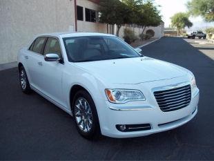 2012 Chrysler 300 Flat-bed 2WD