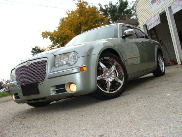 2005 Chrysler 300c Regular Cab Details Derry Nh 03038