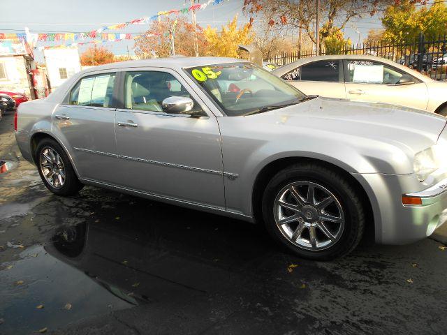2005 Chrysler 300C C240 4dr Sdn 2.6L Sedan
