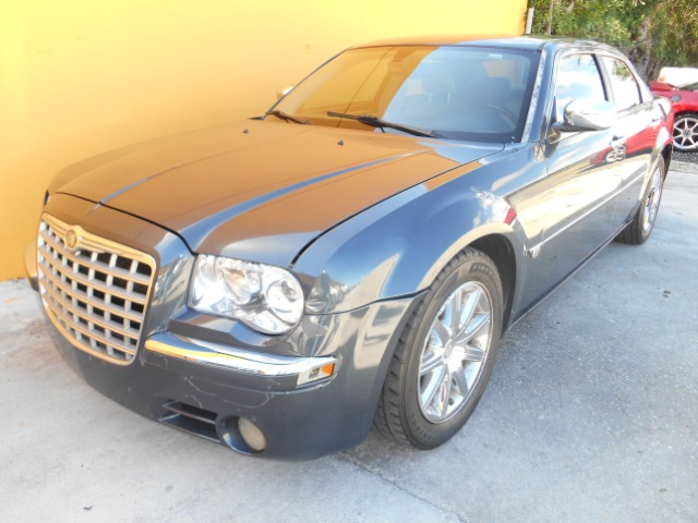2007 Chrysler 300C Regular Cab
